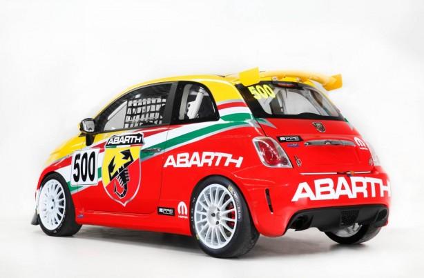 Abarth 695 Assetto Corse rear quarter