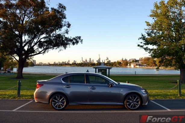 2013-Lexus-GS350-F-Sport-side