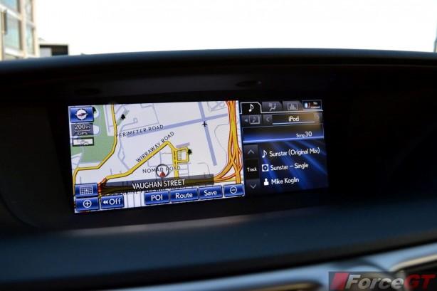 2013-Lexus-GS350-F-Sport-widescreen-LCD
