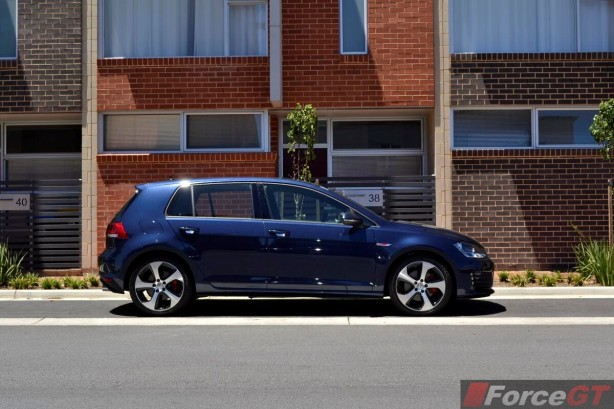 2013 Volkswagen Golf GTI side