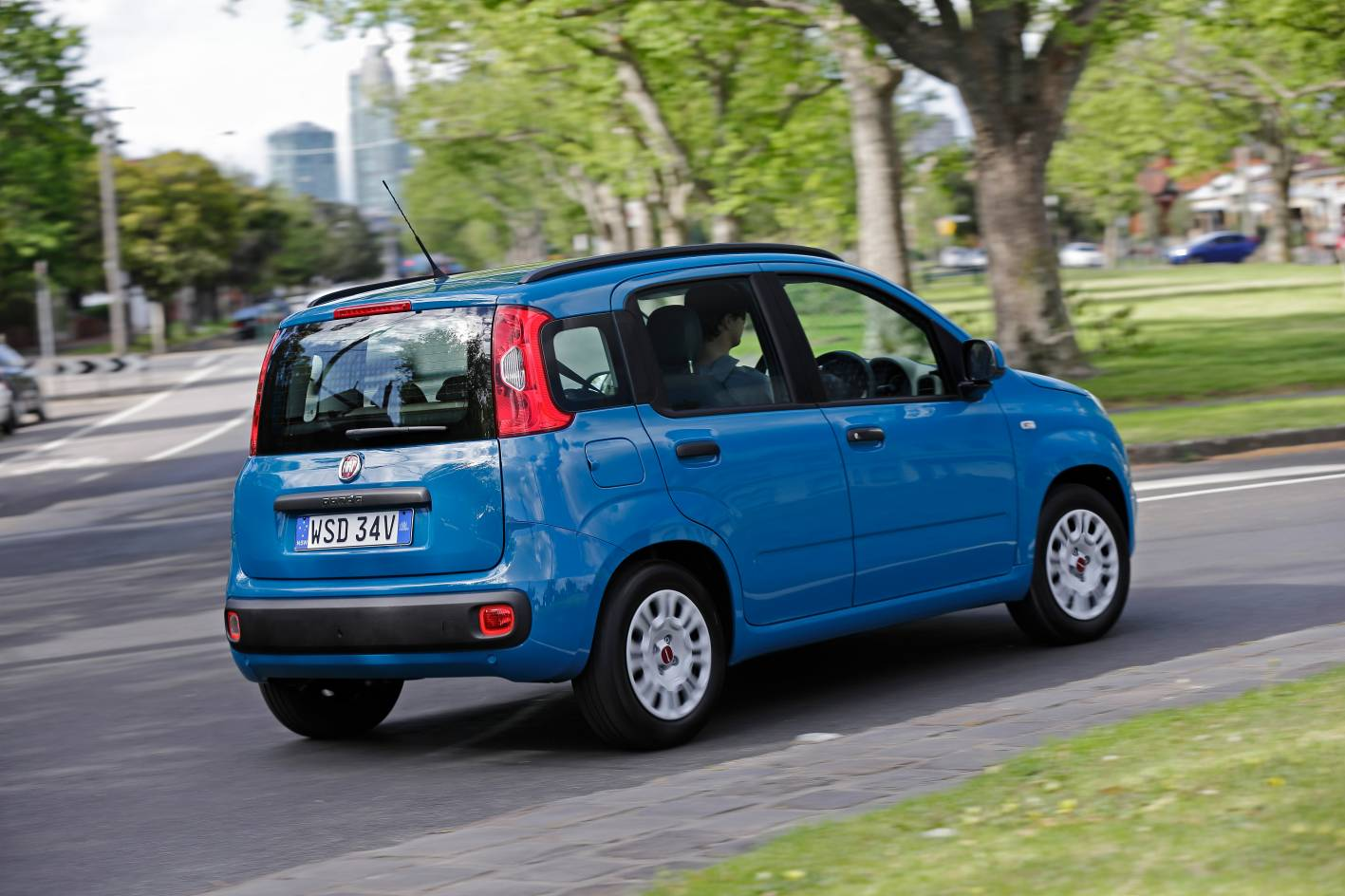 fiat panda review 2014 panda easy and trekking. Black Bedroom Furniture Sets. Home Design Ideas