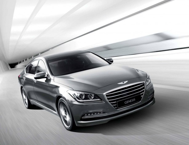 2014 Hyundai Genesis sedan front