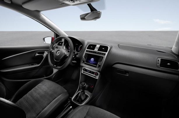 2014 Volkswagen Polo interior