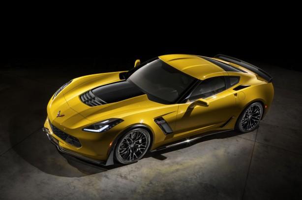 2015-Chevrolet-Corvette-Z06-top