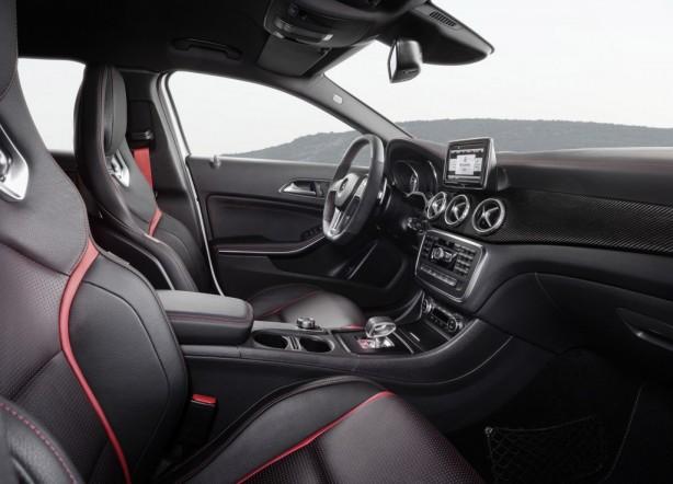 2015 Mercedes-Benz GLA45 interior