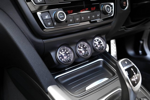 BMW 4 Series coupe by 3D Design interior auxiliary gauges