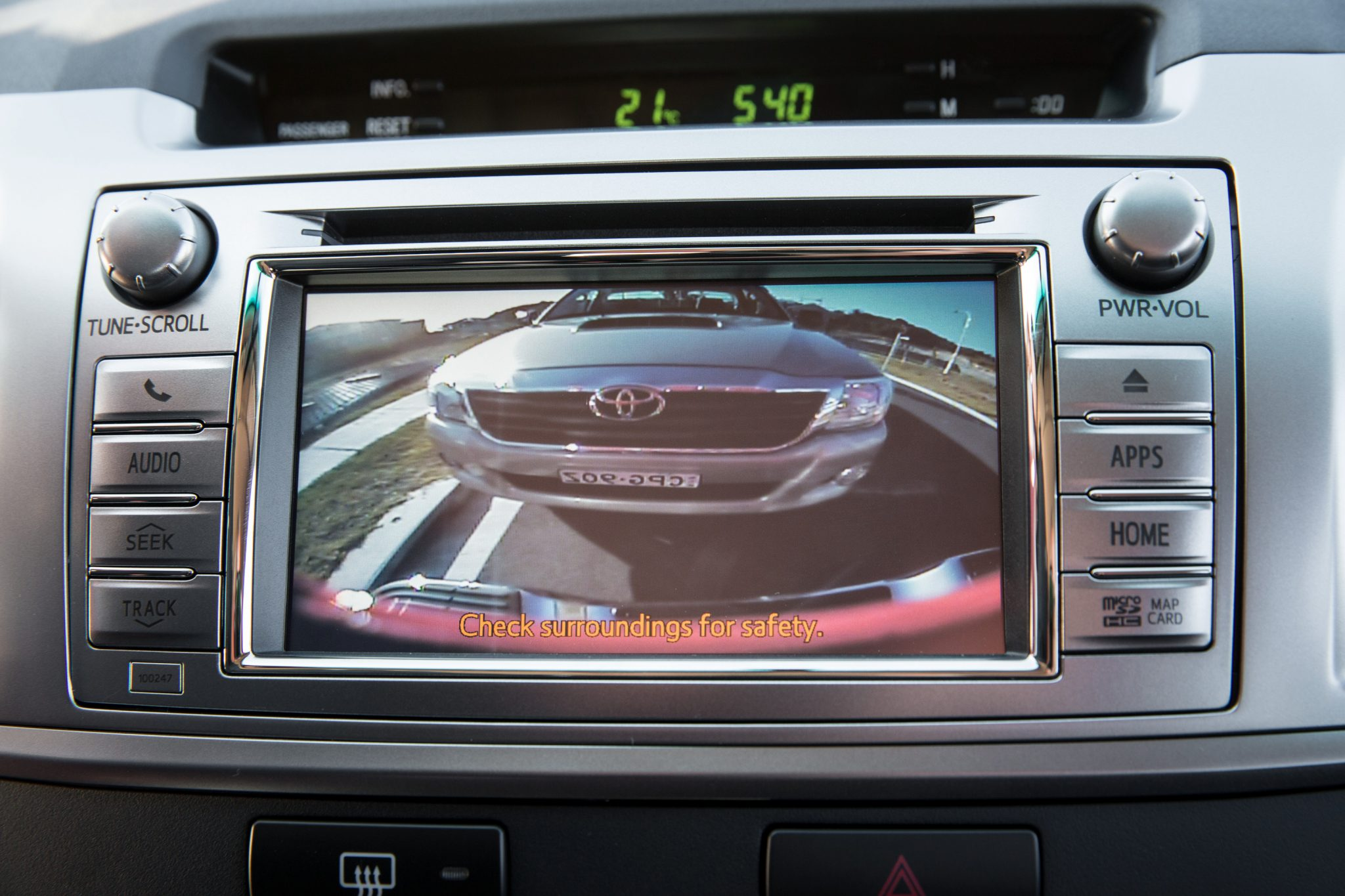 Toyota Cars News Hilux Gains Safety And Convenience Tech
