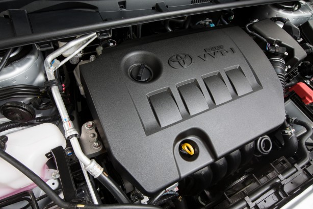 2014 Toyota Corolla Sedan engine