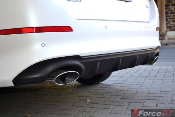 2014 Kia Optima Review-Optima Platinum rear diffuser
