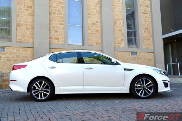 2014 Kia Optima Review-Optima Platinum side