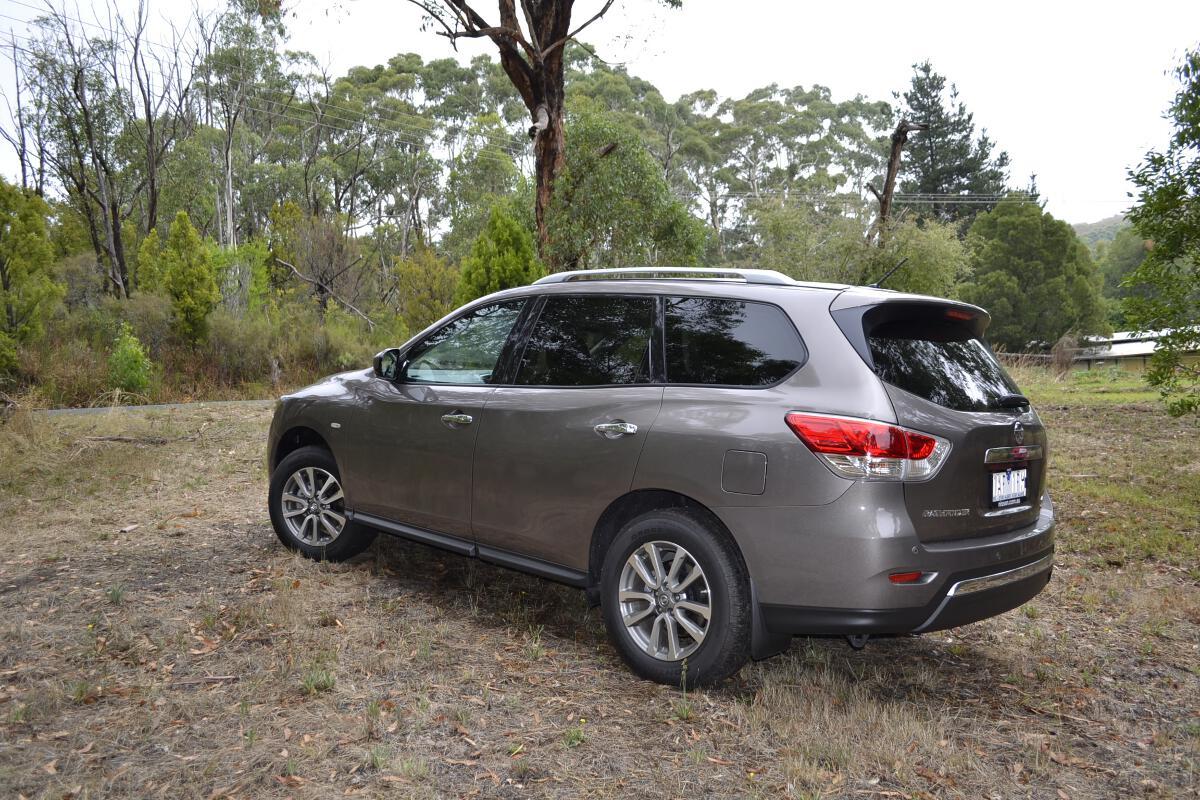 Nissan Pathfinder Review: 2014 Pathfinder 4WD