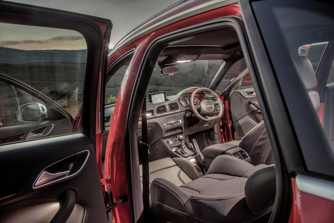 Audi R8 Interior Automatic Audi Cars - News: RS Q...