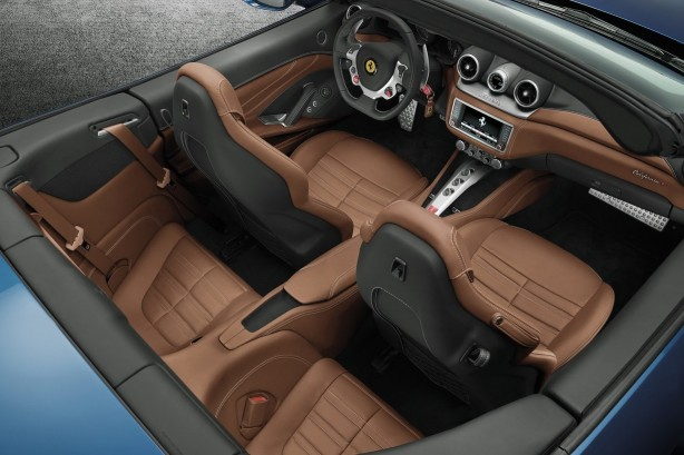 Ferrari California T interior seats