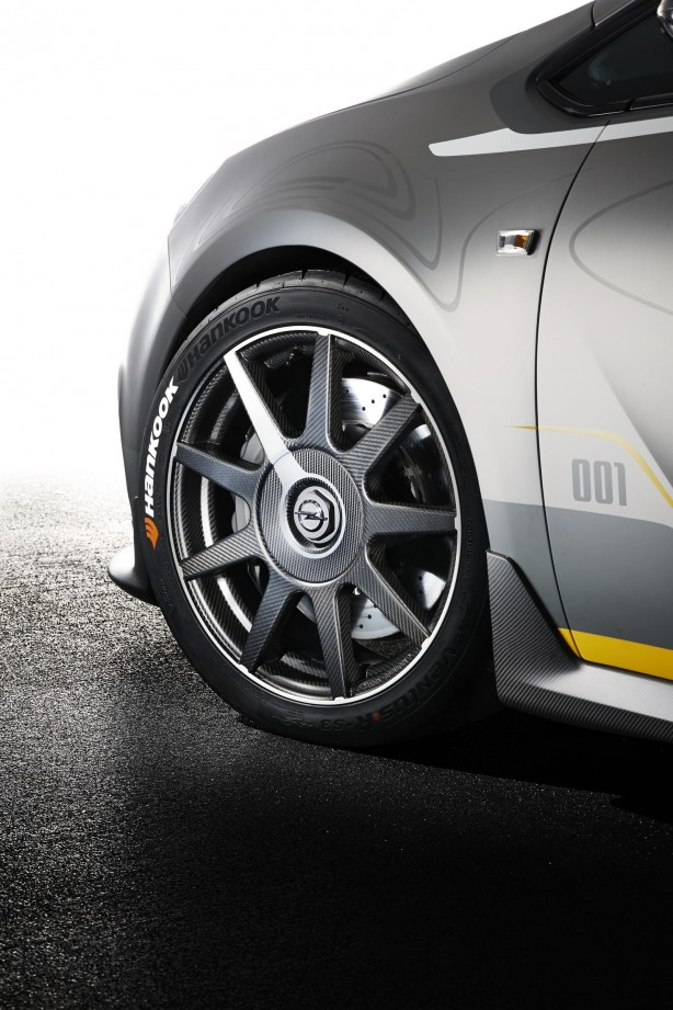 Opel Astra OPC EXTREME 19-inch wheel
