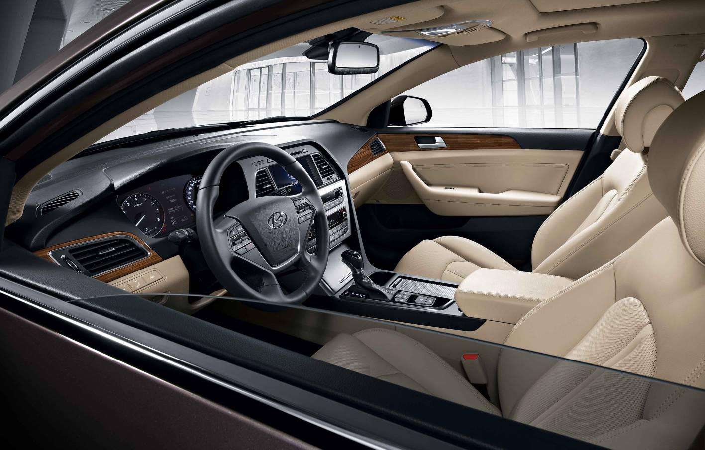 2014 Hyundai Sonata Interior