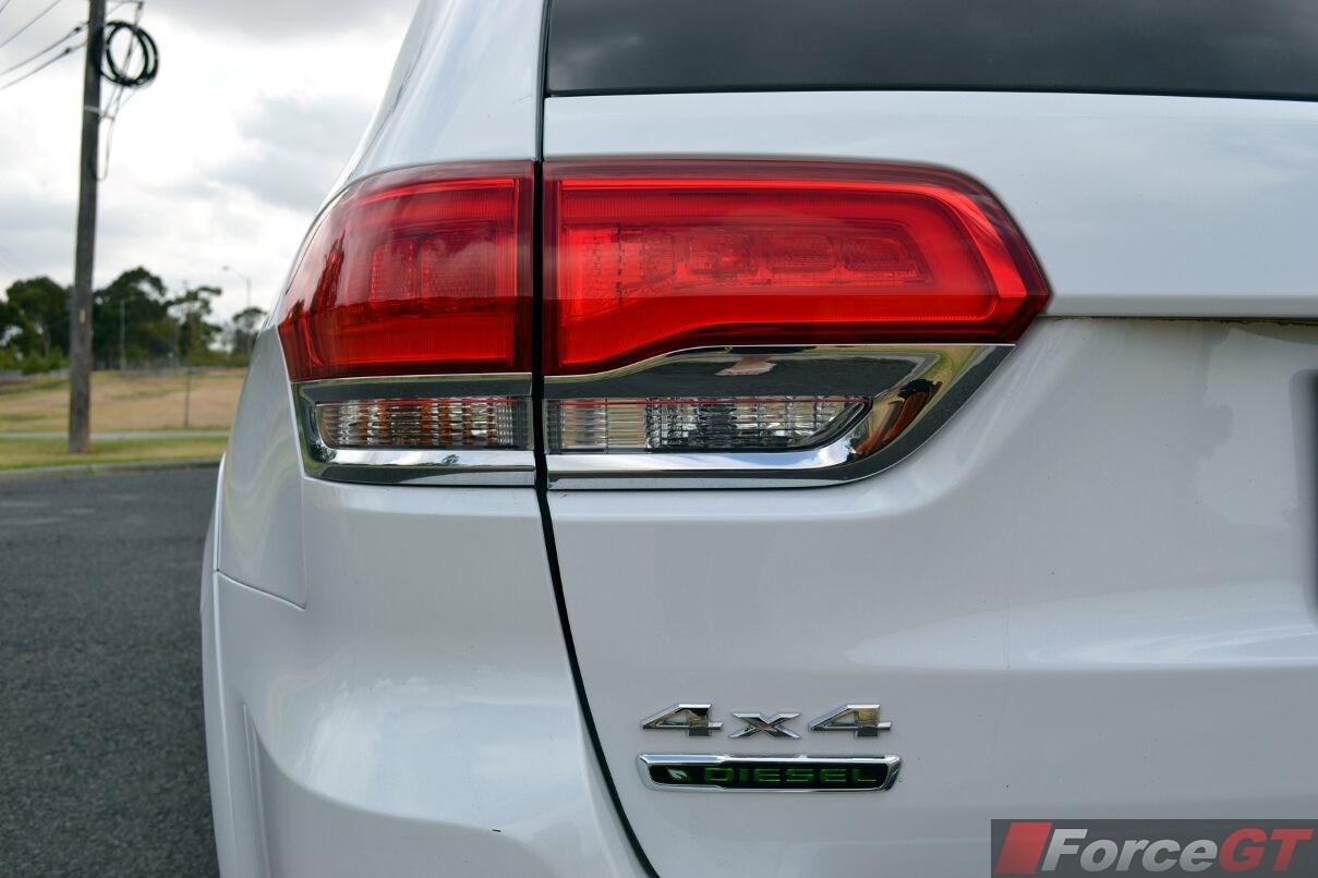 2014 Jeep Grand Cherokee Summit Diesel Taillight