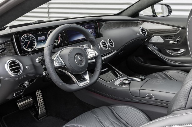 2014-Mercedes-Benz-S63-AMG-Coupe-dashboard