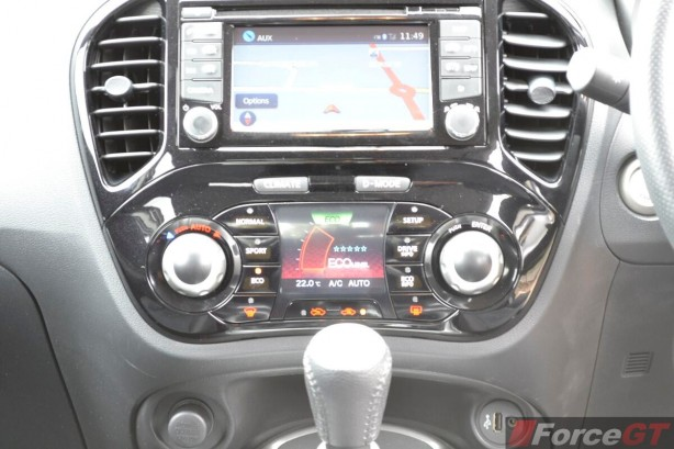 2014 Nissan Juke ST-S Eco Driving Mode