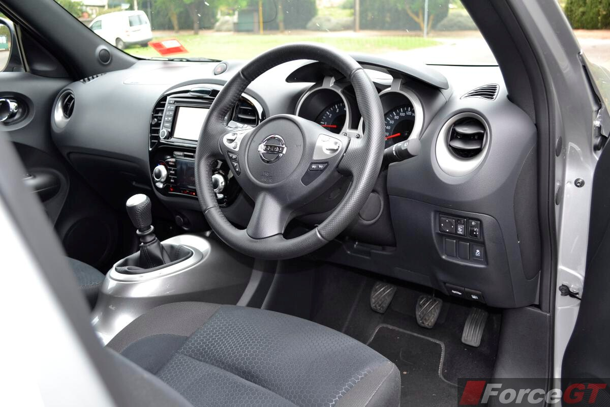 Nissan Juke Review: 2014 Juke ST-S 2WD Manual