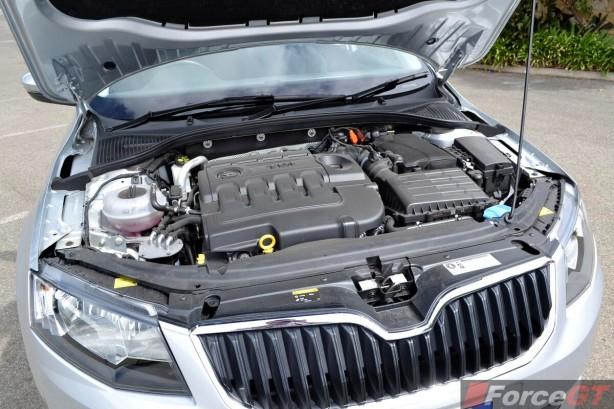 2014 Skoda Octavia Elegance engine
