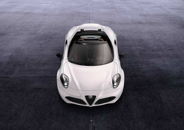 2015-Alfa-Romeo-4C-Spider-front