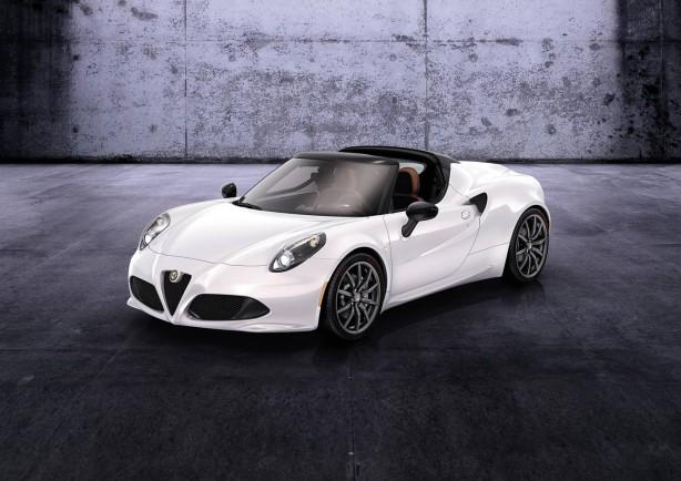 2015-Alfa-Romeo-4C-Spider-front-quarter