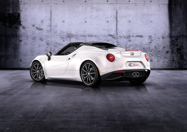 2015-Alfa-Romeo-4C-Spider-rear-quarter