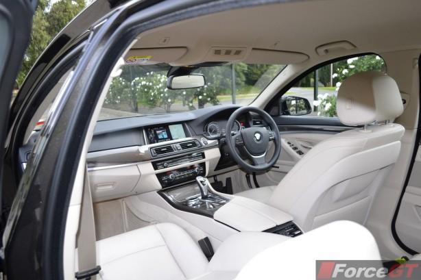 2014 BMW 535d interior