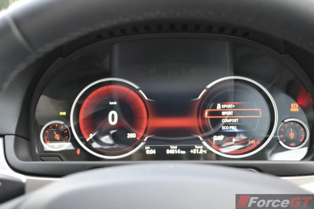 2014 BMW 535d interior instruments mode selection