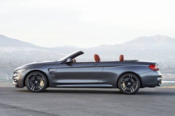 2015-BMW-M4-Convertible-side-top-down
