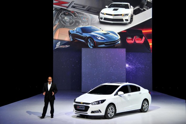 2015-Chinese-Spec-Chevrolet-Cruze-launch