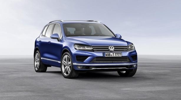 2015-Volkswagen-Touareg-facelift-front-quarter
