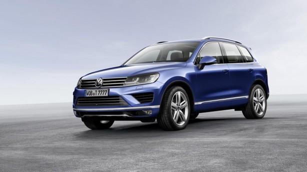 2015-Volkswagen-Touareg-facelift-front-quarter2
