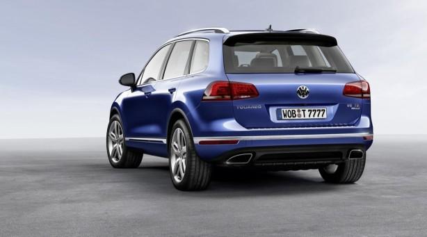 2015-Volkswagen-Touareg-facelift-rear-quarter