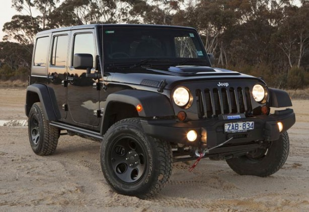 Jeep-Wrangler-Special-Ops-Edition-front-quarter
