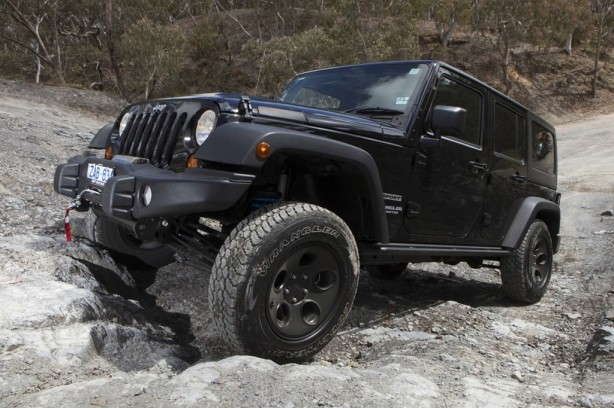 Jeep-Wrangler-Special-Ops-Edition-front-quarter2