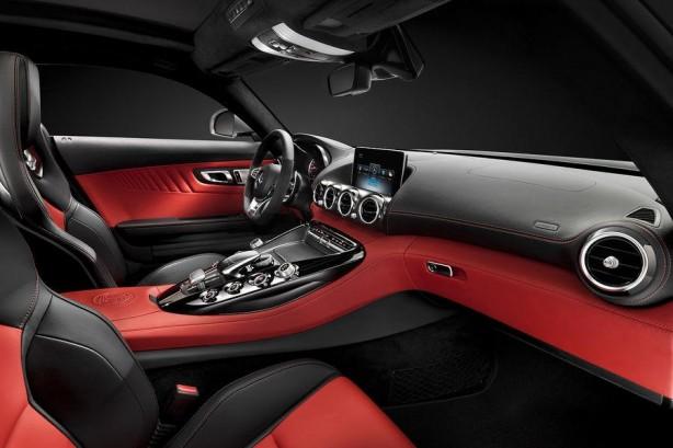 Mercedes-AMG-GT-interior-photo-dashboard