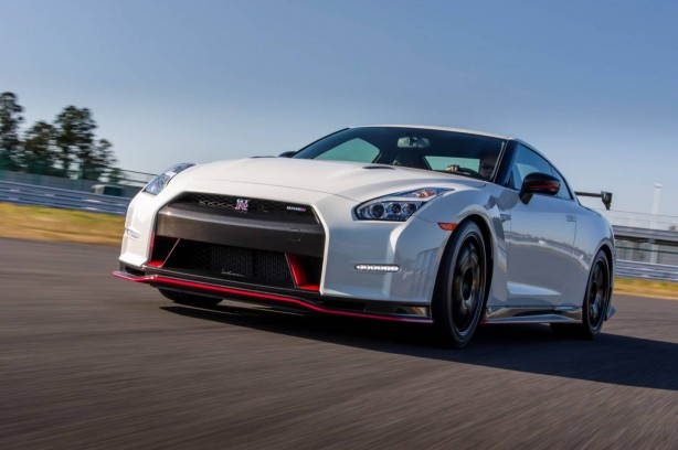 Nissan-GT-R-Nismo-front
