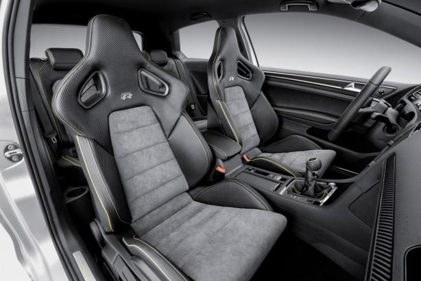 Volkswagen-Golf-R-400-concept-front-seats