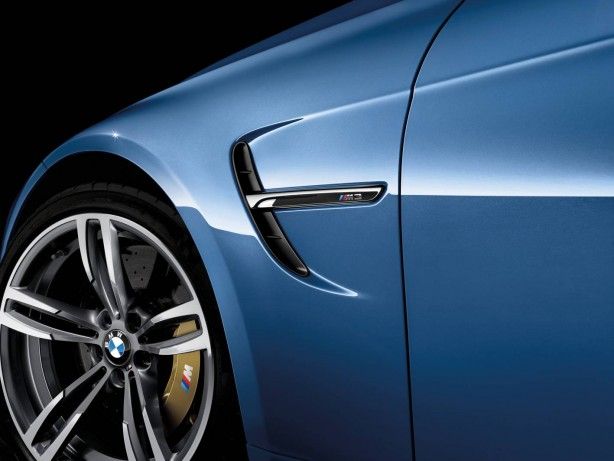 2014 BMW M3 sedan vent