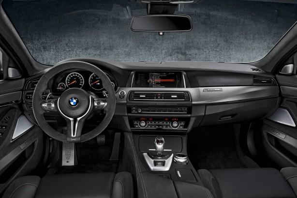 2014-BMW-M5-30th-Anniversary-Edition-dashboard