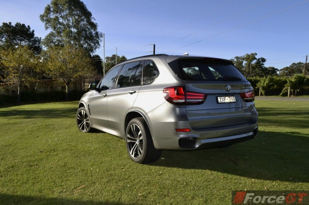 2014 BMW X5 M50d rear quarter