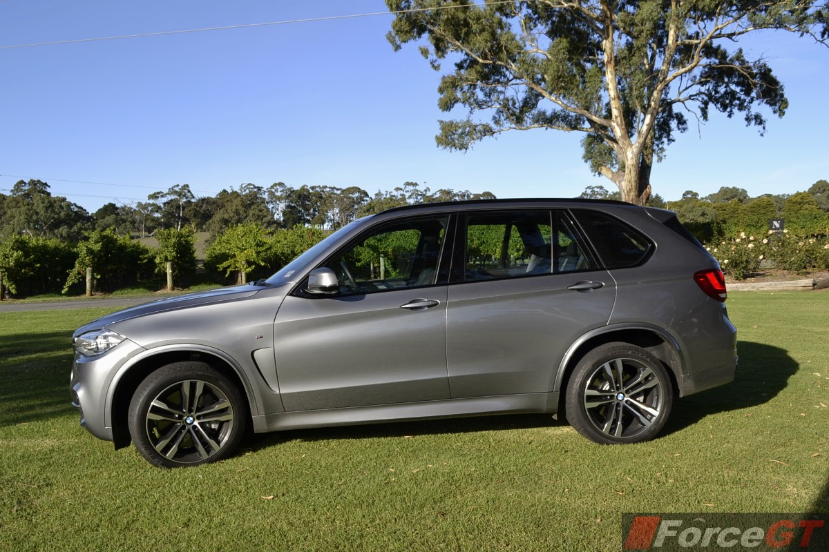 BMW X5 Review - 2014 X5 M50d