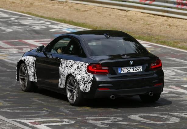2015-BMW-M2-prototype-nurburgring-rear-quarter2