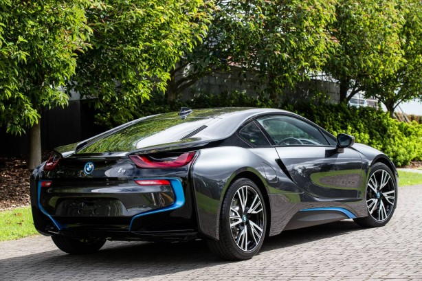 BMW-i8-rear-quarter