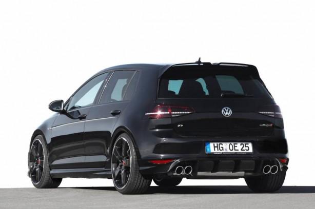 Oettinger-Volkswagen-Golf-R-rear-quarter