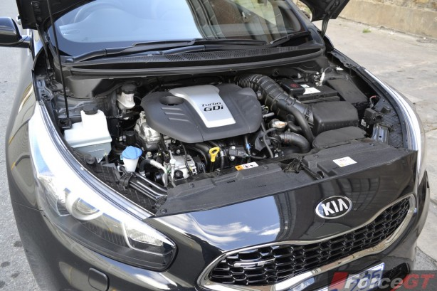 2014 Kia pro_cee'd GT Tech Turbo engine