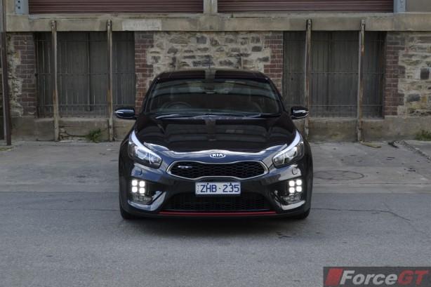 2014 Kia pro_cee'd GT Tech front