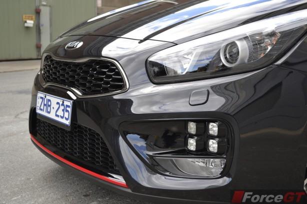 2014 Kia pro_cee'd GT Tech front fascia