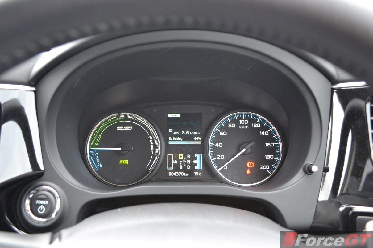Mazda Cx 9 Dimensions >> Mitsubishi Outlander Review: 2014 Outlander PHEV
